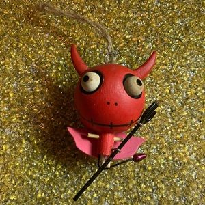 😻 3 for $13 Wooden Devil Tree Ornament
